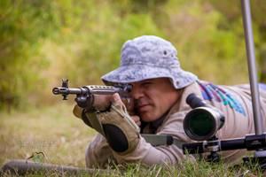 george shooting rifle